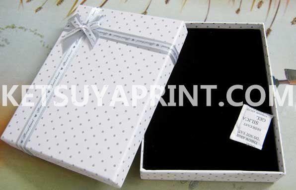 cardgiftbox030520 (1)